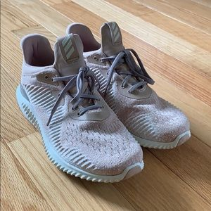 Adidas alpha bounce only worn 2 times